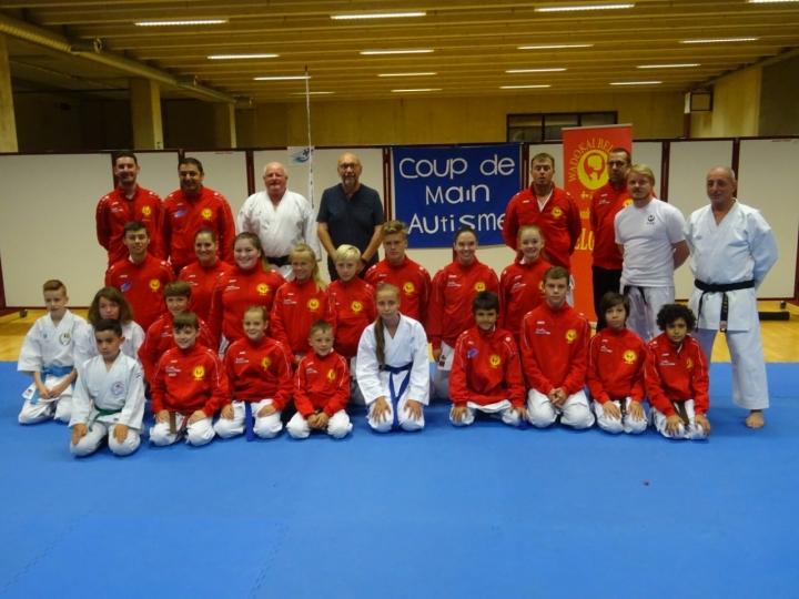 thumbnail_L'équipe de la Wadokaï Belgium pour Budapest  (Photo JMK) DSC03921.jpg